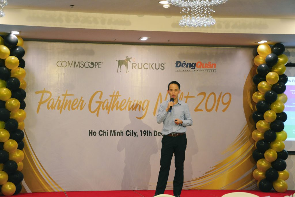 Ruckus_Partner_Gathering_Night _Vinh_danh_Top_Resellers_2019_11