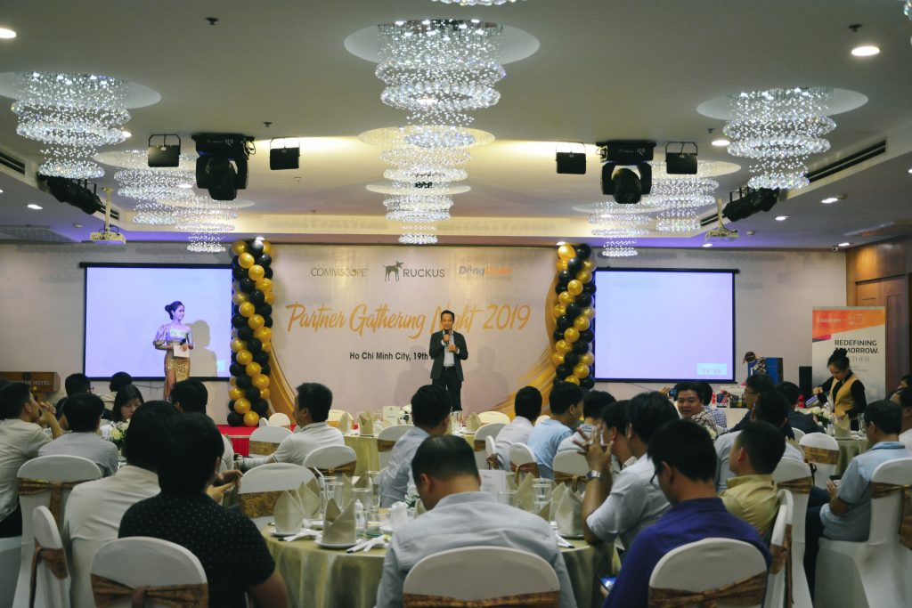 Ruckus_Partner_Gathering_Night _Vinh_danh_Top_Resellers_2019_9
