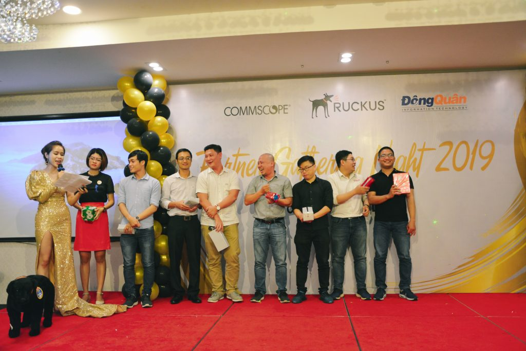Ruckus_Partner_Gathering_Night _Vinh_danh_Top_Resellers_2019_4